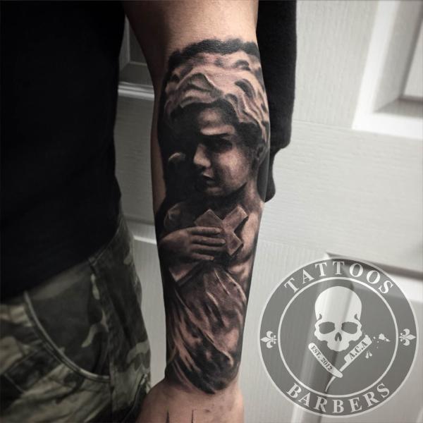 Tattoo Studio - A Cut of Art | Tattoo shop and Barbershop ...
